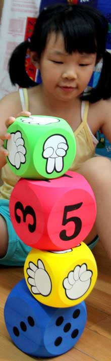 rock paper scissors stone dots numbers dice cubes